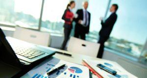 IT outsourcing je výhodný zejména pro malé a střední firmy